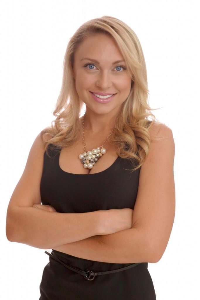 Amber Bidnick Aesthetician At Chic La Vie Med Spa
